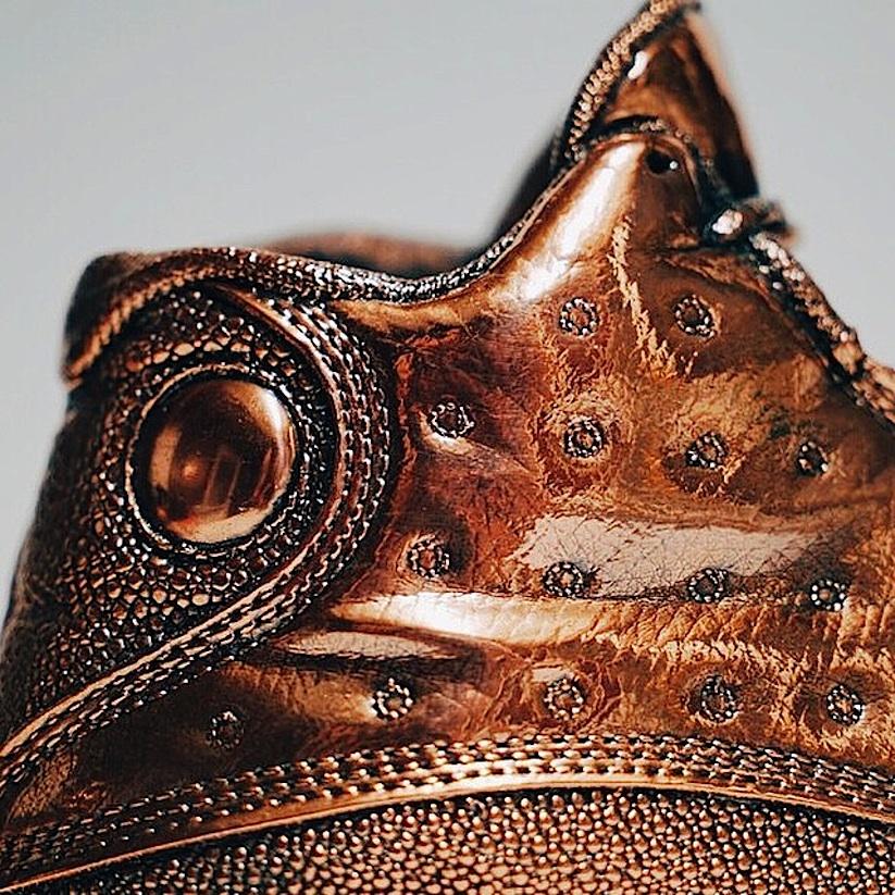 Jordan_Bronze_Sneaker_Statues_by_Artist_Msenna_2014_09