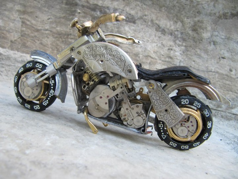 Model_Motorbikes_Made_Entirely_From_Discarded_Watch_Parts_2014_03