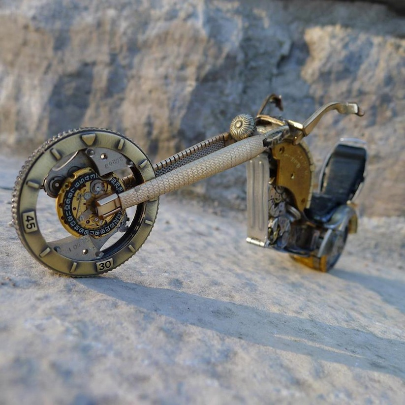 Model_Motorbikes_Made_Entirely_From_Discarded_Watch_Parts_2014_05