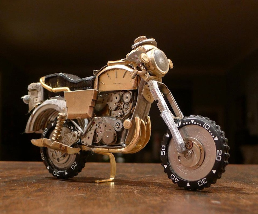 Model_Motorbikes_Made_Entirely_From_Discarded_Watch_Parts_2014_08