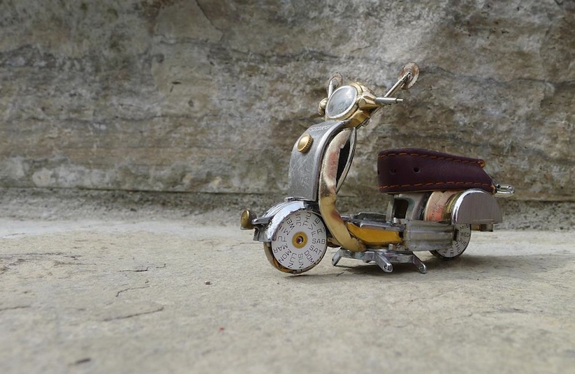 Model_Motorbikes_Made_Entirely_From_Discarded_Watch_Parts_2014_12