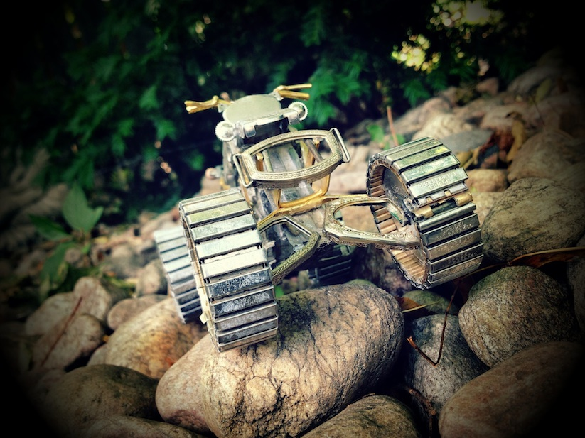 Model_Motorbikes_Made_Entirely_From_Discarded_Watch_Parts_2014_14