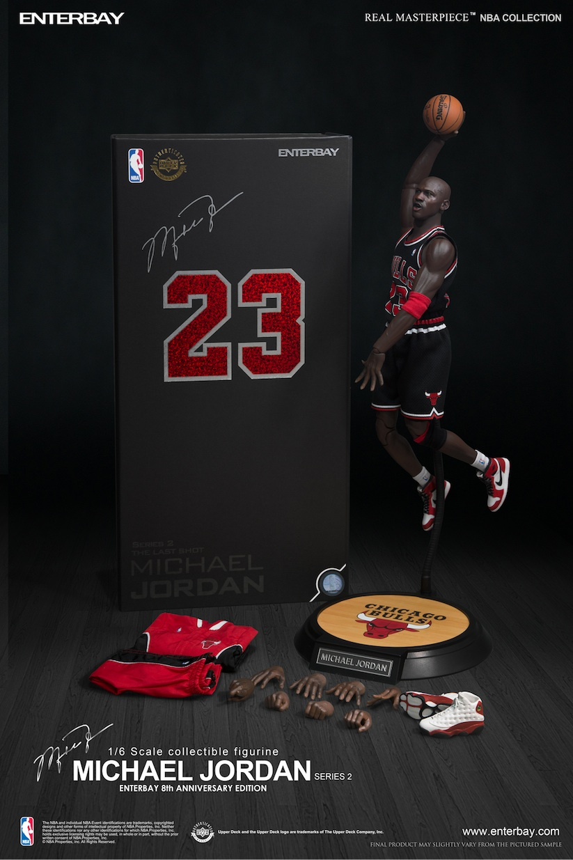 1_6_Scale_Collectible_Michael_Jordan_Figure_by_Enterbay_2014_07