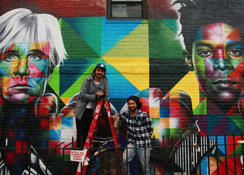 Colorful_Mural_of_Basquiat_and_Andy_Warhol_by_Eduardo_Kobra_in_Brooklyn_NYC_2014_02