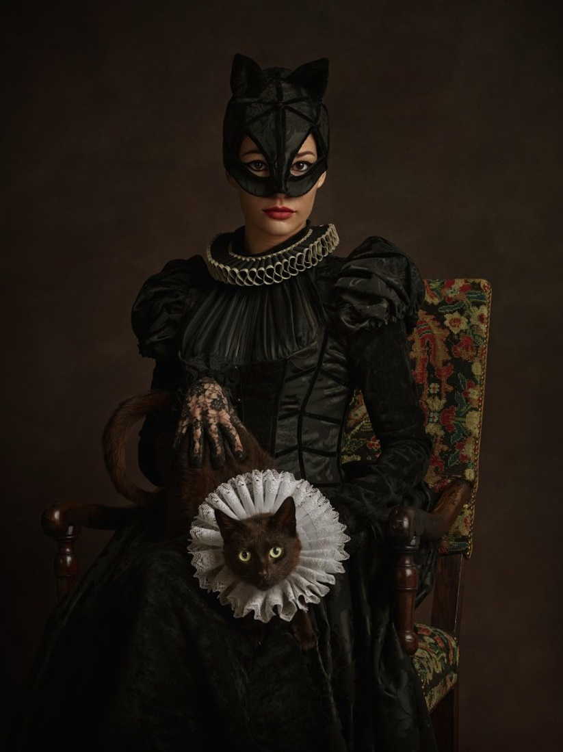 Super_Flemish_Superheroes_Get_An_Make_over_Inspired_by_Flemish_Paintings_2014_11