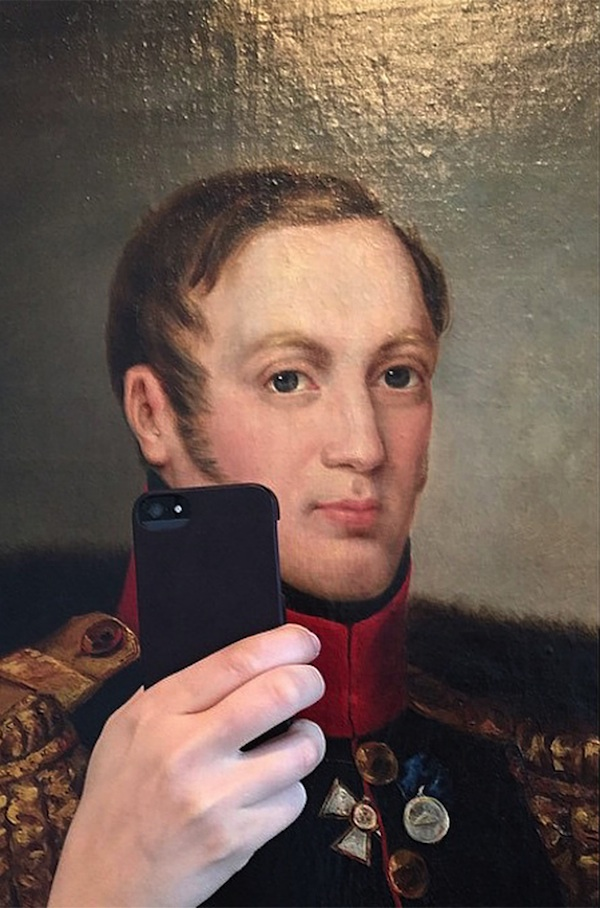The_Museum_of_Selfies_2014_02