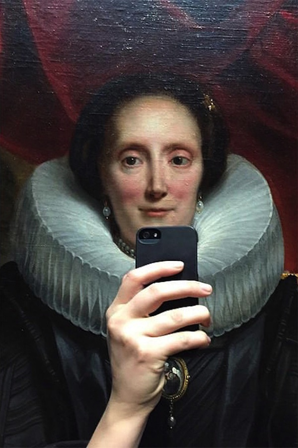 The_Museum_of_Selfies_2014_03