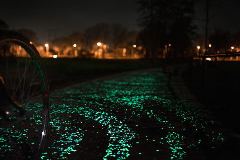 glow_in_dark_bikepath_van_gogh_06