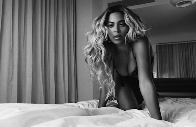 Yours_and_Mine_A_Retrospective_Short_Film_by_Beyonce_2014_03