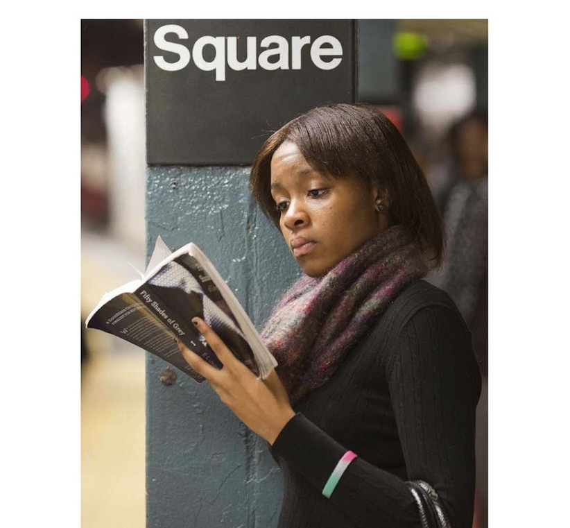 The_Last_Book_Photographer_Docmuments_What_People_Are_Reading_on_the_NYC_Subway_2015_02