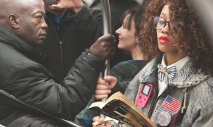 The_Last_Book_Photographer_Docmuments_What_People_Are_Reading_on_the_NYC_Subway_2015_header