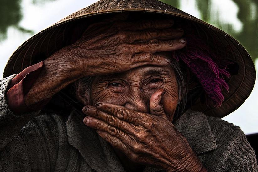 Hidden_Smiles_Of_Vietnam_by_Rehahn_2015_01