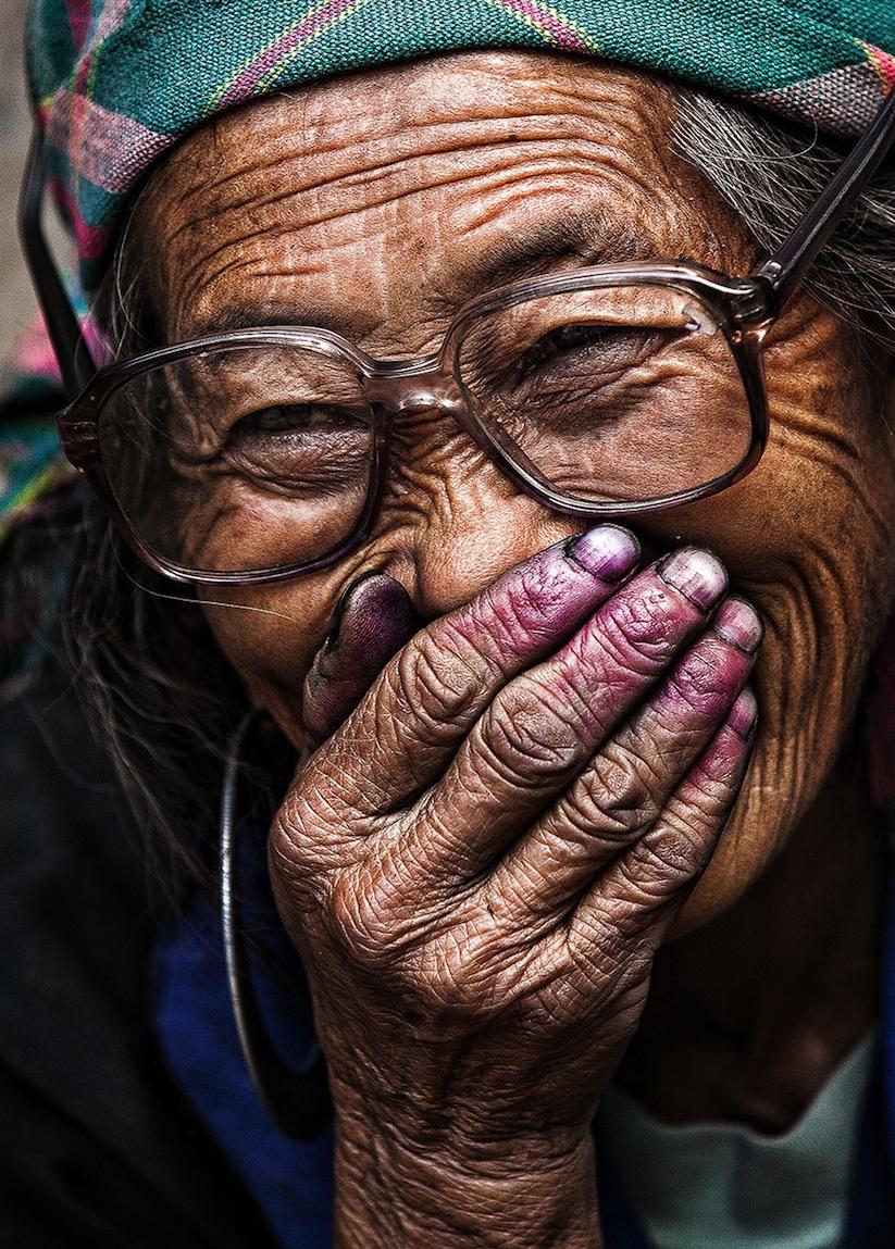 Hidden_Smiles_Of_Vietnam_by_Rehahn_2015_02