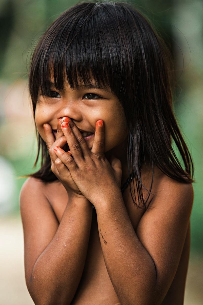 Hidden_Smiles_Of_Vietnam_by_Rehahn_2015_04