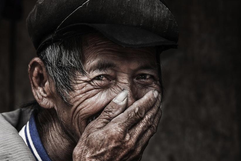 Hidden_Smiles_Of_Vietnam_by_Rehahn_2015_06