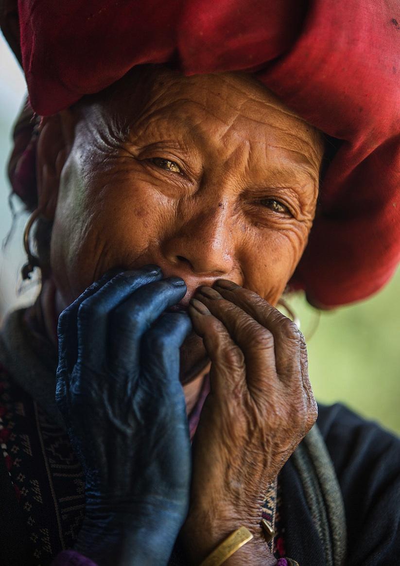 Hidden_Smiles_Of_Vietnam_by_Rehahn_2015_09