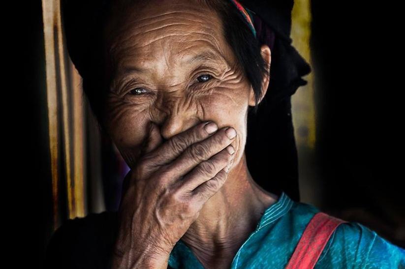 Hidden_Smiles_Of_Vietnam_by_Rehahn_2015_10