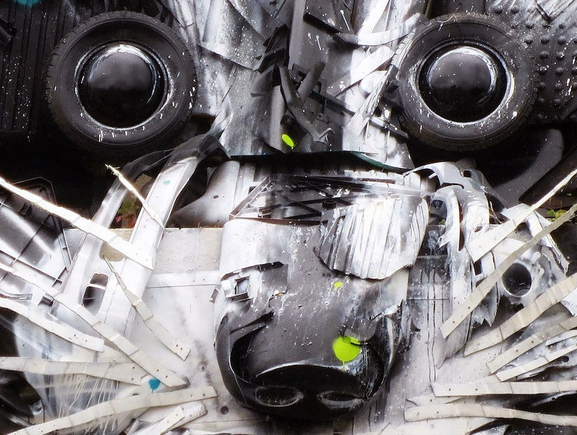 Big_Racoon_New_Street_Installation_by_Bordalo_2015_02
