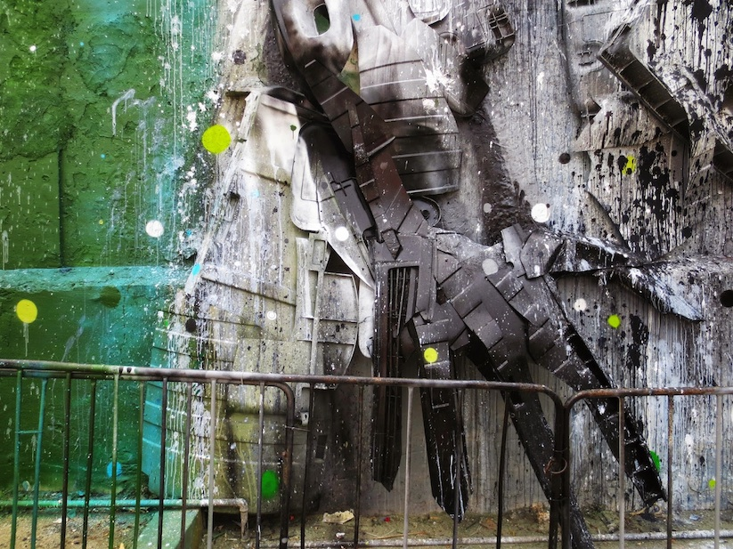 Big_Racoon_New_Street_Installation_by_Bordalo_2015_03