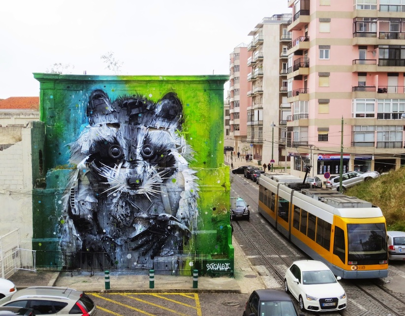 Big_Racoon_New_Street_Installation_by_Bordalo_2015_06