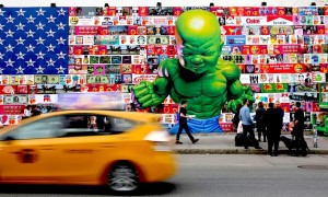 New_Mural_by_Ron_English_on_the_Houston_Bowery_Graffiti_Wall_in_NYC_2015_header