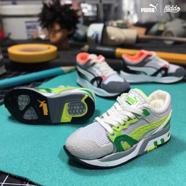 Incredibly_Detailed_Miniature_Sculptures_Famous_Sneakers_by_Toy_Designer_Kiddo_2015_04
