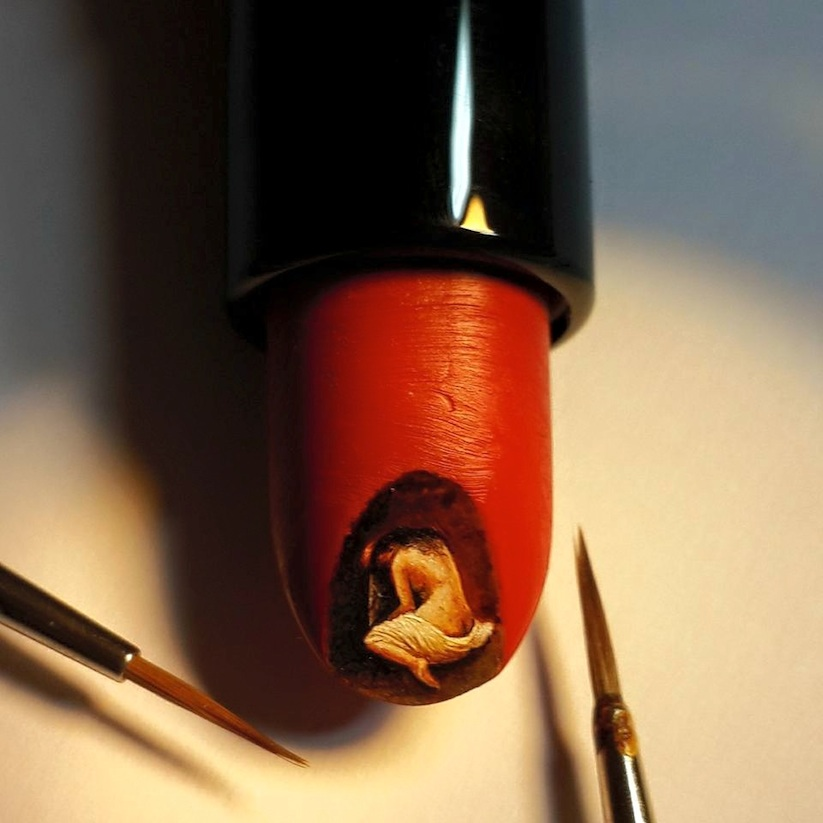 New_Stunning_Paintings_Made_On_Incredibly_Tiny_Surfaces_by_Turkish_Artist_Hasan_Kale_2015_03