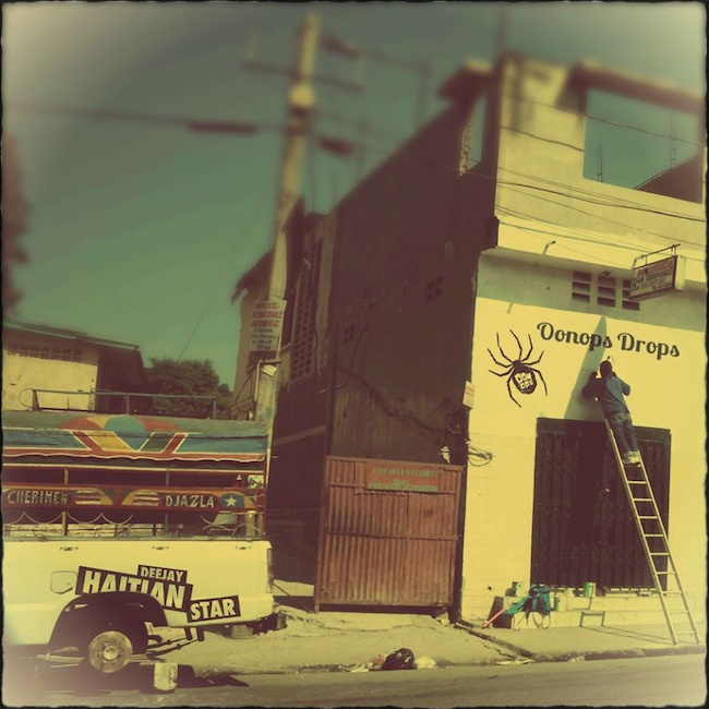 Oonops_Drops_World_Trail_mixtape_2015