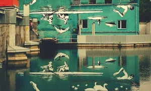 Upside_Down_Mural_That_Reflects_Right_Side_Up_Onto_Water_2015_header