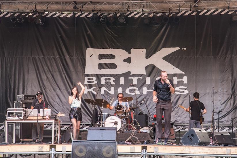 Im_British_Knights_Express_zum_einzigartigen_Sziget_Festival_nach_Budapest_2015_03