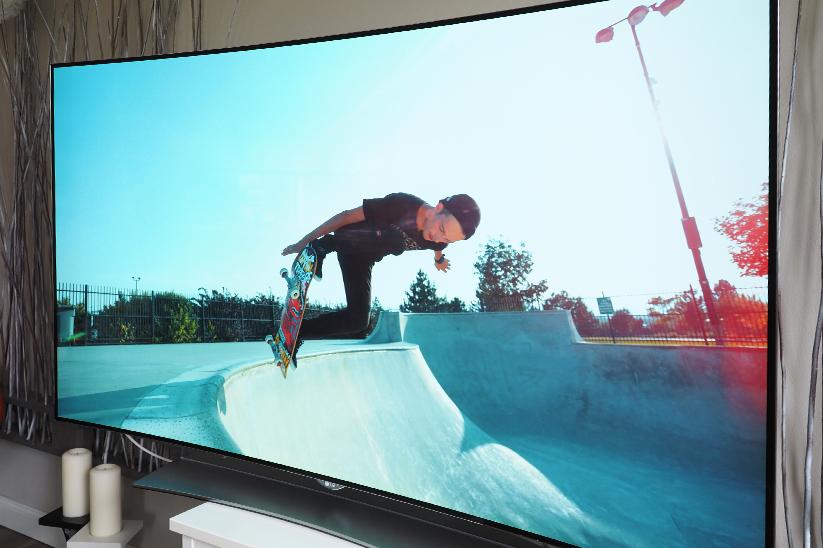 LG-65EG960V-4K-OLED-3D-TV-05