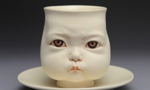 Inner_Child_Impressive_Ceramic_Creations_by_Chinese_Sculptor_Johnson_Tsang_2015_header