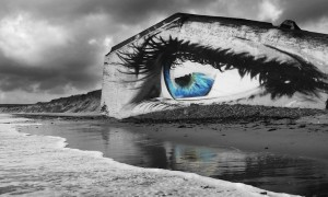 The_Eye_A_Beautiful_Mural_by_Street_Artist_Cece_on_the_Beach_of_Siouville_Hague_France_2015_header