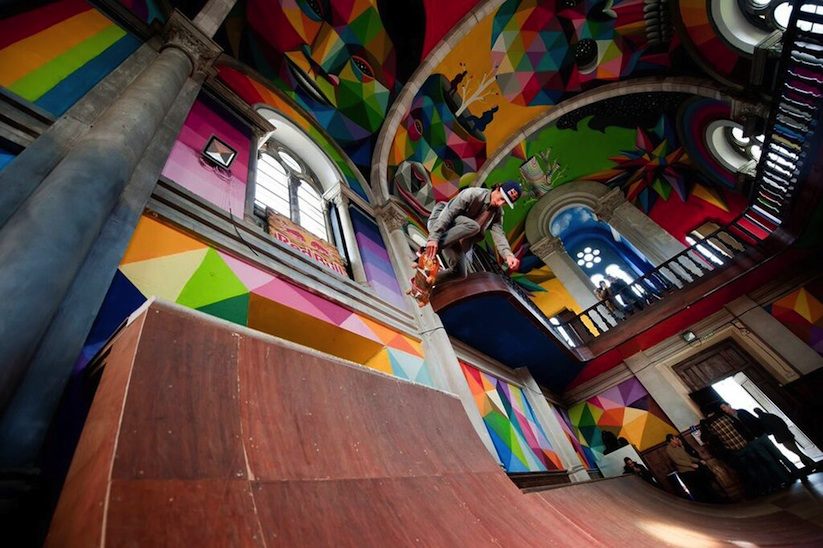 Kaos_Temple_Church_in_Spain_Transformed_into_Skate_Park_Covered_in_Murals_by_Street_Artist_Okuda_2015_02