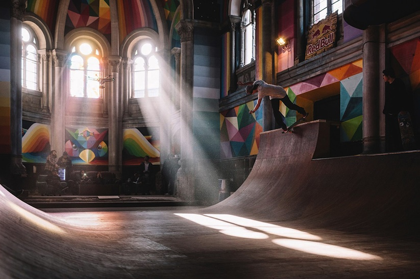 Kaos_Temple_Church_in_Spain_Transformed_into_Skate_Park_Covered_in_Murals_by_Street_Artist_Okuda_2015_06