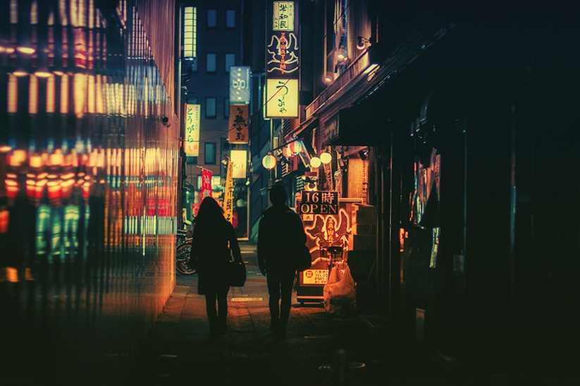 Adorabl_Street_Photography_of_Tokyo_by_Night_from_Masashi_Wakui_2016_09