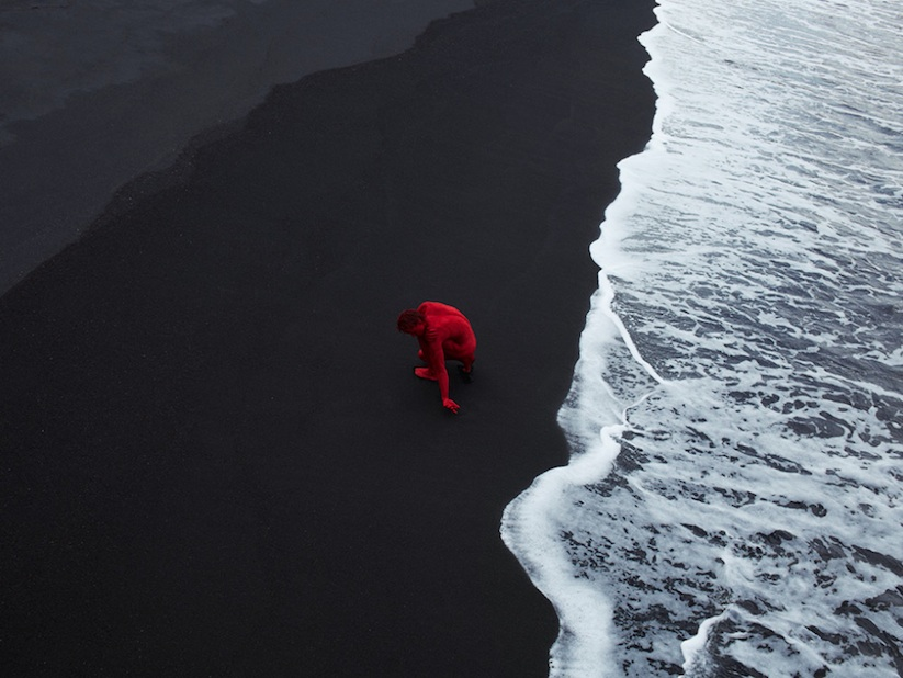 Naturally_Mindblowing_Images_Of_Dancers_In_Nature_by_Bertil_Nilsson_2016_12