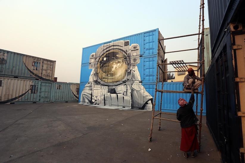 New_Impressive_Mural_by_Artist_Duo_NEVERCREW_in_India_New_Delhi_2016_05