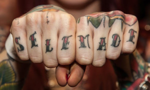 Edward-Bishop-Knuckles-Tattoo-photography