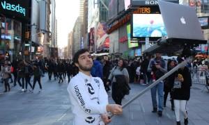 Macbook Selfie Stick WHUDAT bb