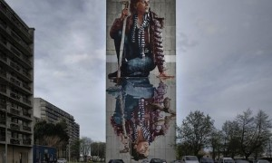 New_Mural_by_Fintan_Magee_in_Oostende_Belgium_2016_slider