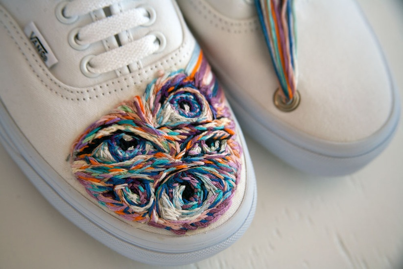 Embroidered_Artworks_on_Sneakers_and_Rackets_by_Danielle_Clough_2016_03