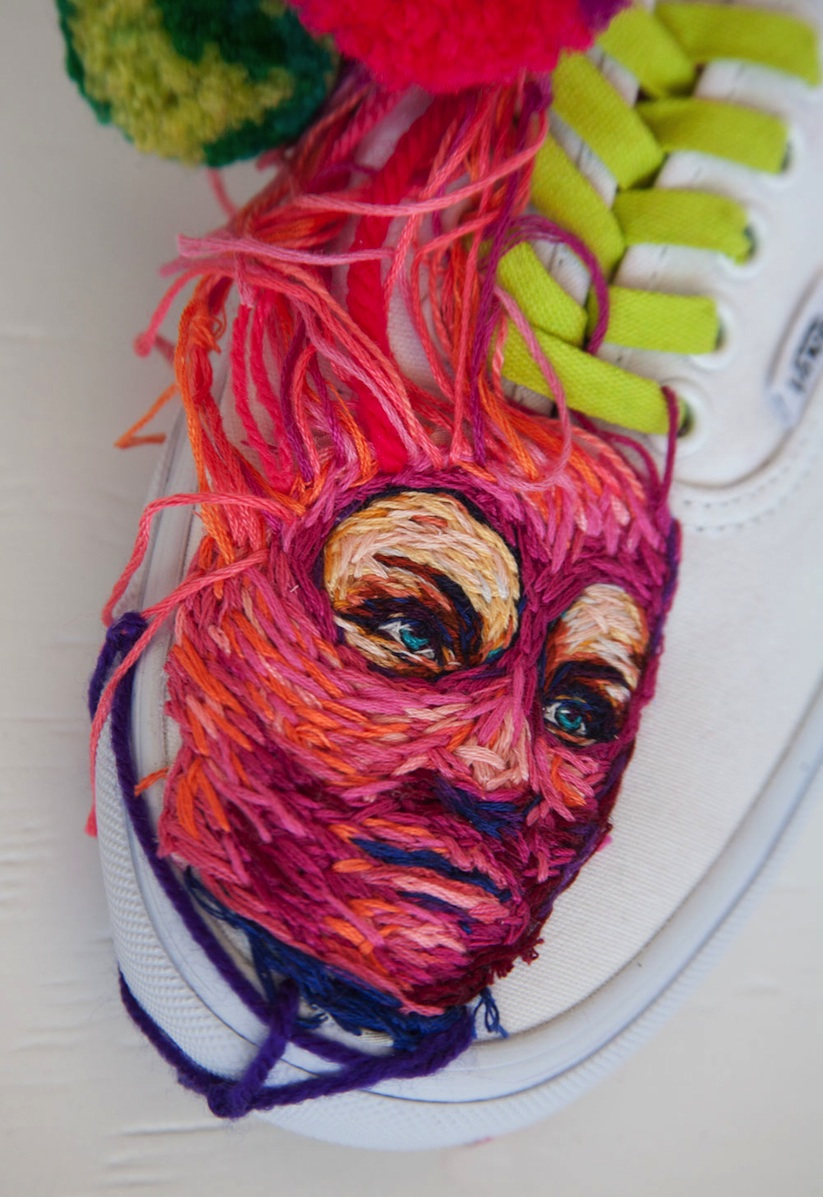 Embroidered_Artworks_on_Sneakers_and_Rackets_by_Danielle_Clough_2016_05