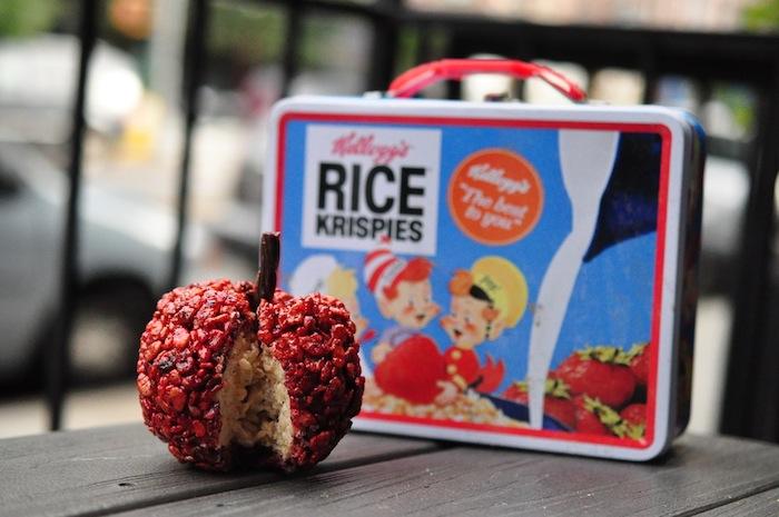 Jessica_Siskin_aka_Misterkrisp_Creates_Adorable_Food_Art_from_Rice_Krispies_Treats_2016_15