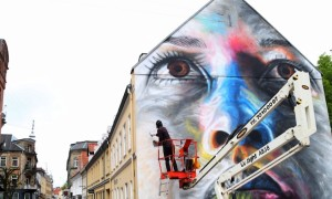 New_Colorful_Mural_by_Street_Artist_David_Walker_in_Aalborg_Denmark_2016_header