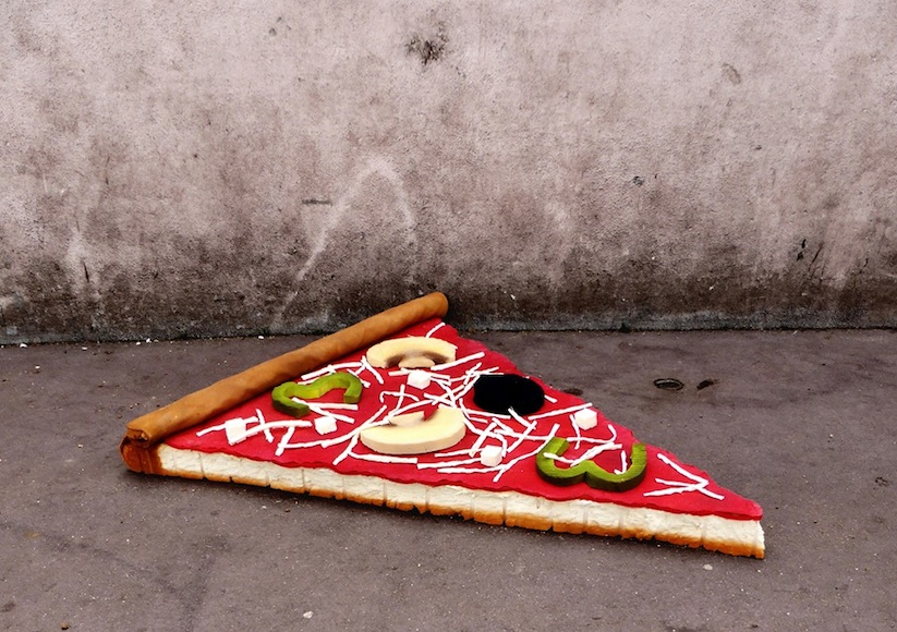Eat_Me_French_Street_Artist_Lor_K_Turns_Old_Mattresses_into_Giant_Foods_2016_01
