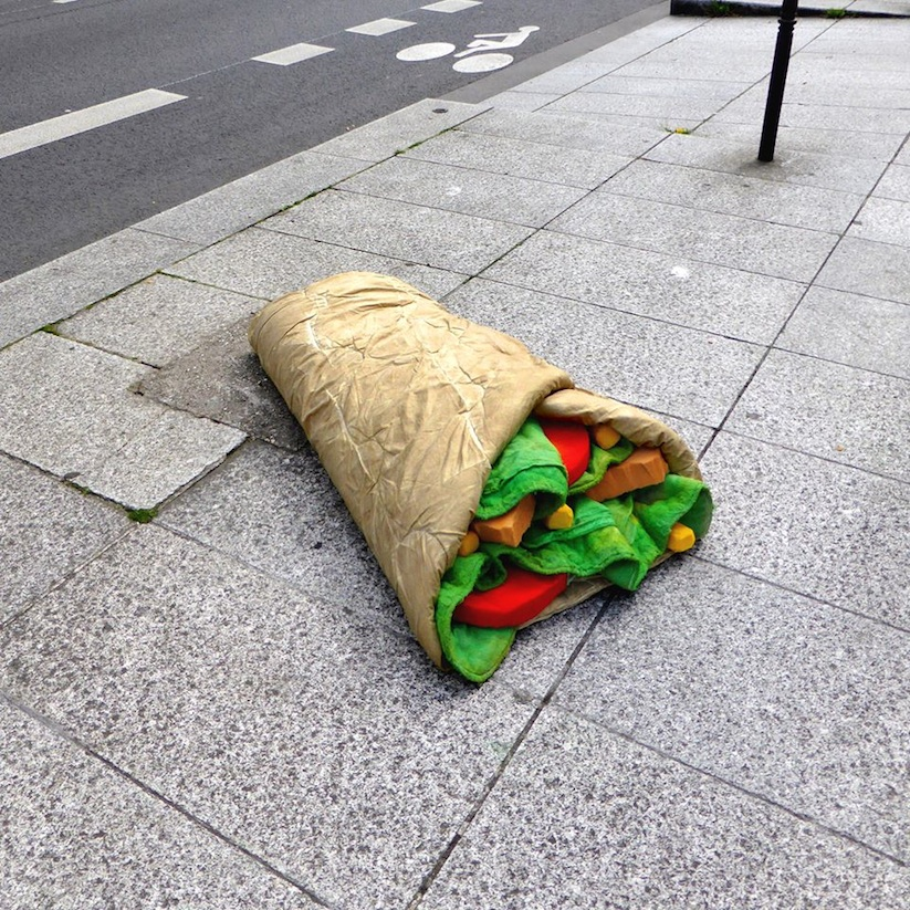 Eat_Me_French_Street_Artist_Lor_K_Turns_Old_Mattresses_into_Giant_Foods_2016_10
