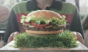 Mannschaft_WHOPPER_Burger_King_bringt_den_Sieger_Spirit_der_EM_1996_nach_Deutschland_zurück_2016_01