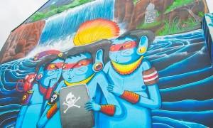 New_Colorful_Mural_by_Brazilian_Street_Artist_Cranio_in_Hamburg_Germany_2016_header