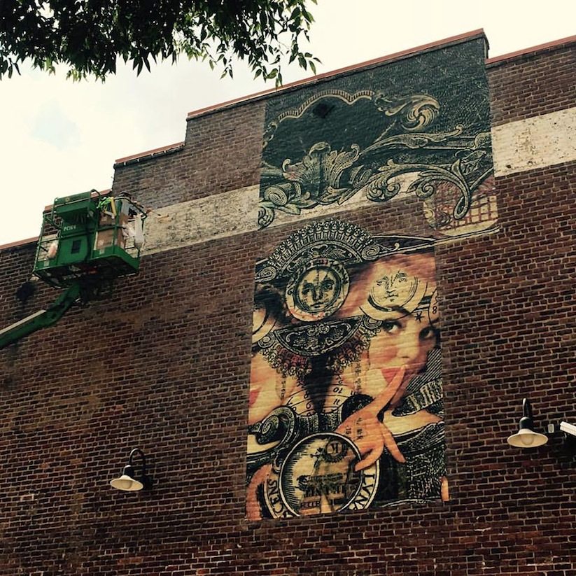 Luna_Cogitationis_Massive_Mural_by_Dutch_Street_Artist_Handiedan_in_Richmond_USA_2016_04